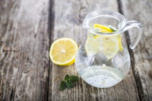 wake-up-with-lemon-water